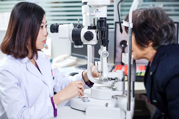 近视飞秒激光手术的原理是什么?