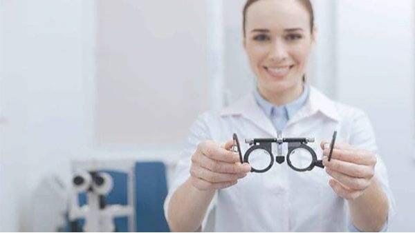 近视会有哪些症状表现 衡水飞秒激光手术